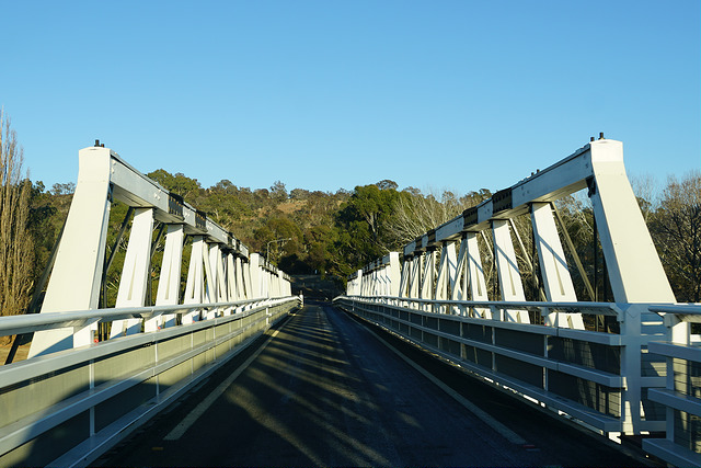 Image of Tharwa Bridge